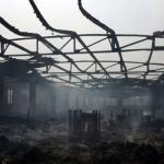 Le marché Adawlato de Lomé ravagé par un incendie, le 12 janvier 2013 (Photo Daniel Hayduk. AFP)